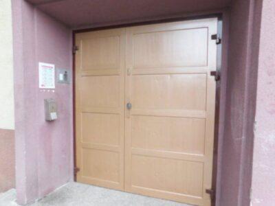 Nasze główne drzwi do szkoły